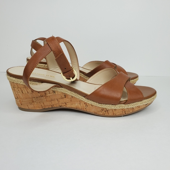 Jones New York leather upper sz 11M wedged sandals